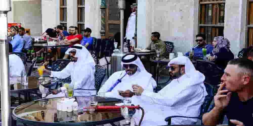 How to open a shisha cafe in Dubai